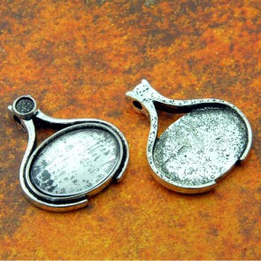 18mm x 25mm Horizontal Oval Antique Silver Pendant Tray
