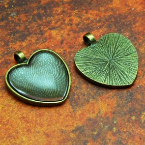 25mm 1 Inch Heart Antique Brass Pendant Tray